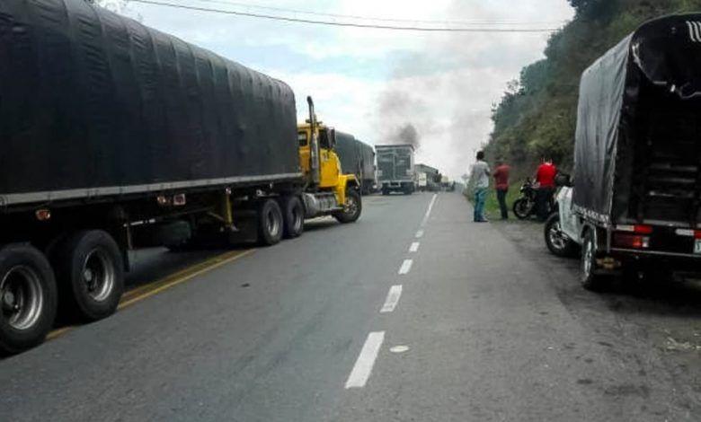 Levantan bloqueos en la vía Quibdó – Pereira
