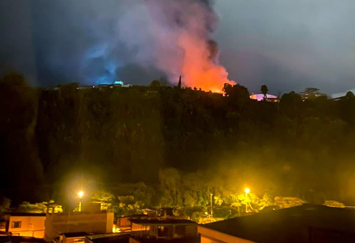 Incendio en Bodega de Pinturas en La Badea, Dosquebradas