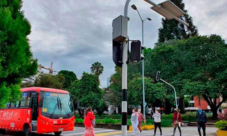 Semáforos solares en Armenia